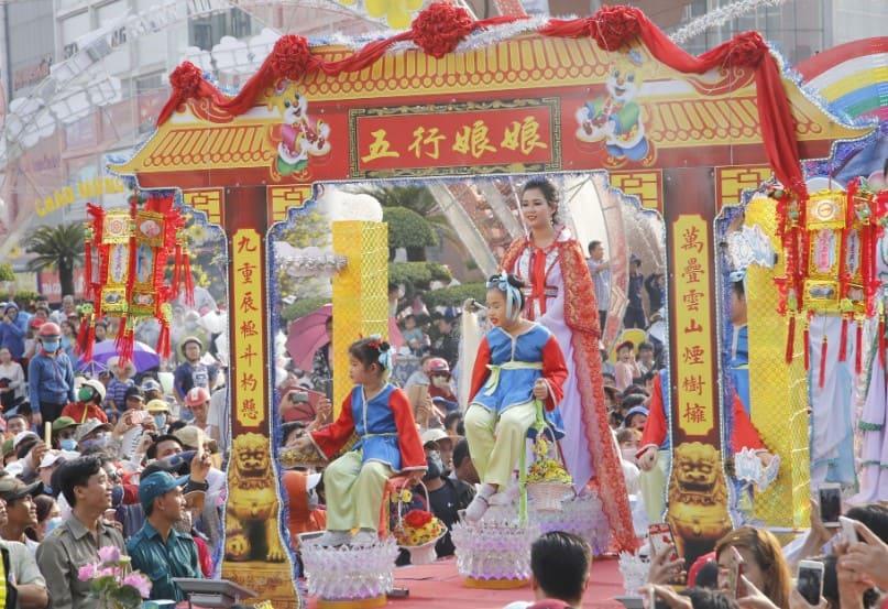 Lễ hội chùa bà ở Bình Dương